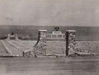 800px-3rd_Marine_Corps_Iwo_Jima_Cemetery_Entrance.jpg